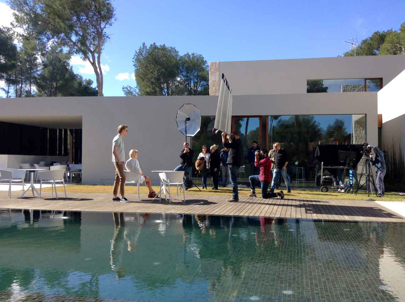 Photoshooting_Silla-África-y-mesa-Marisol-de-Eugeni-Quitllet-(5)